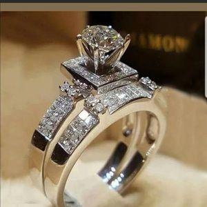 New elegant 925 silver white sapphire ring